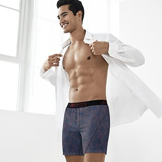 Man wearing No Bunch Boxer