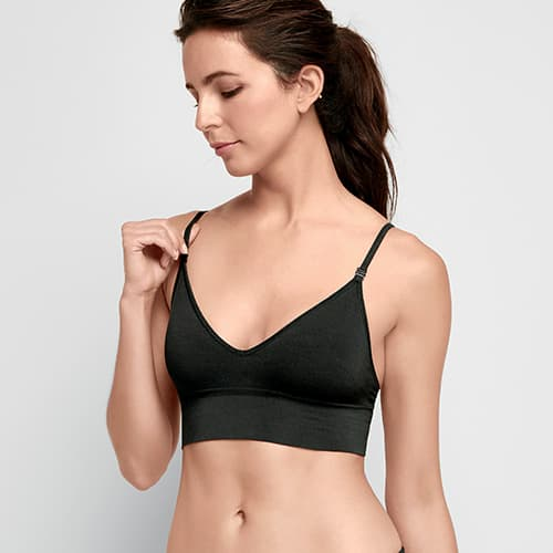Woman wearing the Natural Beauty Seamfree Convertible Bralette