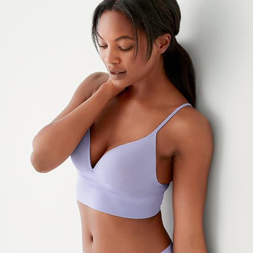 Woman wearing the Natural Beauty Seamfree Moulded Cup Bralette